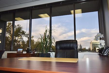 Intelligent Office - Walnut Creek - Office #116