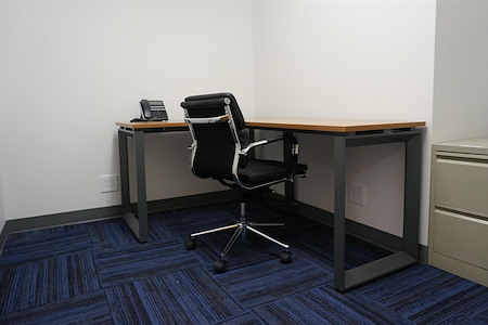 TKO Suites Midtown East - 1 Person Private Office