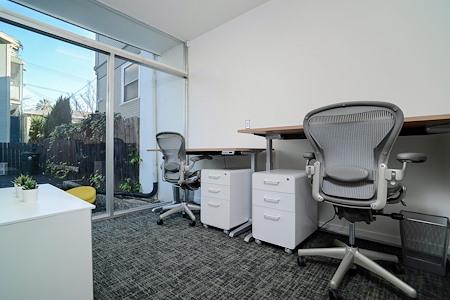 MidMod Suites - Office Suite 104