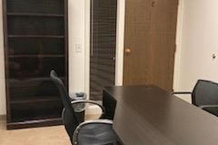 (DEN) Belcaro Place - Interior Office