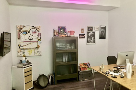 Castaway Studios - Office 2