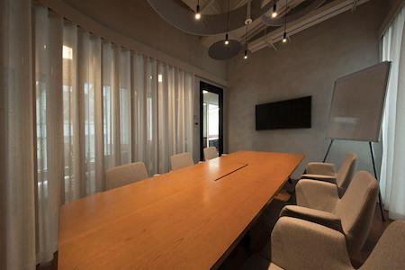 V-Co - 18/F Meeting Room