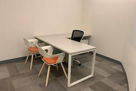 Office Evolution - Tysons Corner - Office 119