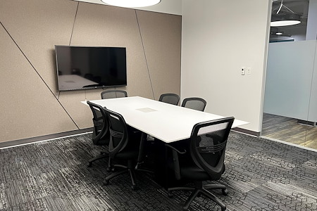 Workspace at Reston Town Center - Lake Anne Meeting Room