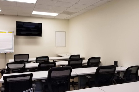 Peachtree Offices at 1100, LLC - 16 Person Training Room