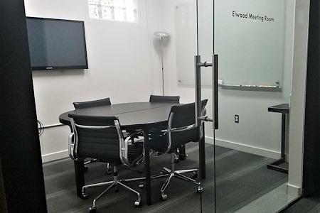 fibercove - Elwood Small Fiber Room