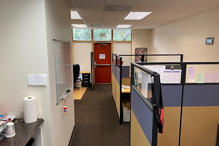 Gordon Associates Insurance Services, Inc. - 5 desk office with private entry