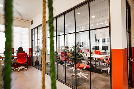 OnePiece Work Santa Monica - Private Office for 8
