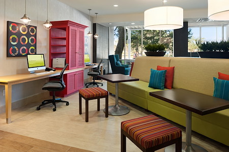 Home2 Suites Austin/Cedar Park - Desk 1