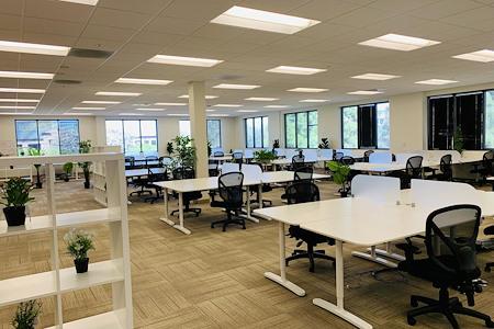 JJ Lake Business Center - Hot Desk