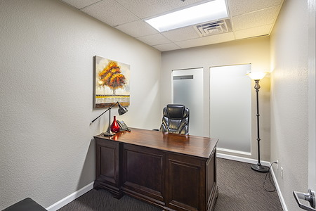 Roseville Executive Suites - Day Office