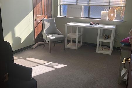 Swann Chiropractic Healing Center - Room 2