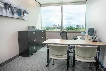 St Laurent Centre - TCC Canada - St. Laurent Day Office