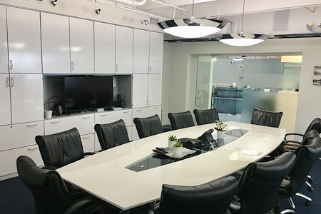Momentum Business Center - Board Room