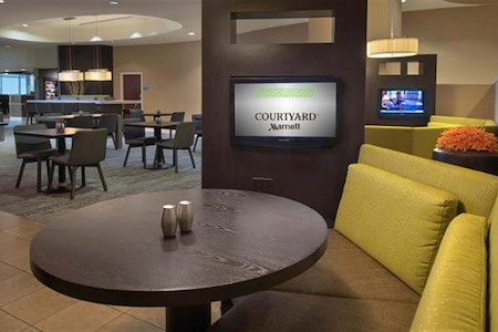 Courtyard Charlotte City Center - Media Pod