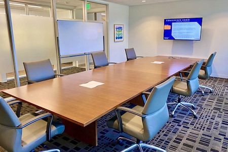 IBASE SPACES Irvine - Large Conference Room (Window)