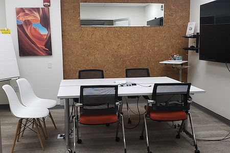 Worksocial - The Paulus Hook Conference Room
