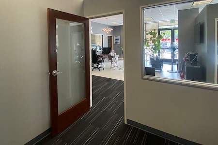 Lake Walnut Pasadena - Private Office