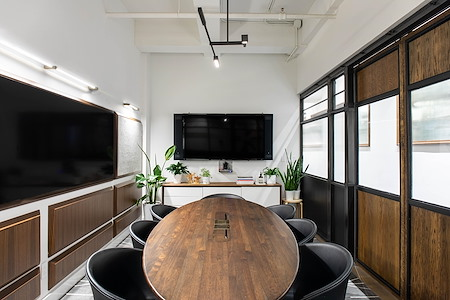 Blender Workspace - Luxury Meeting Space NYC (C)