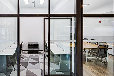 Staples Studio Ottawa - Private Office