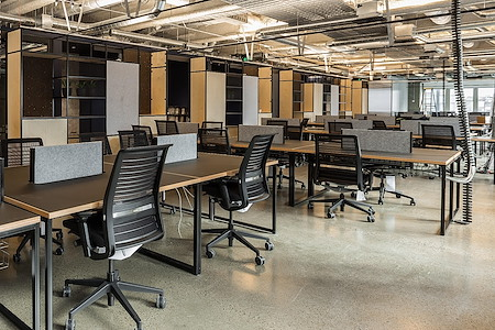 Space&Co Melbourne Central Tower - 12 Desk - Short Term Office Hire