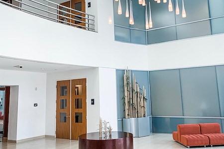 EQ Office | Hughes Center - 3770 - Suite 195