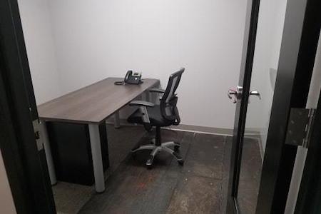 Domi|RE Suites - Lafayette - Office 2