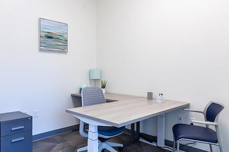 Office Evolution - Madison Arboretum - Medium Private Office