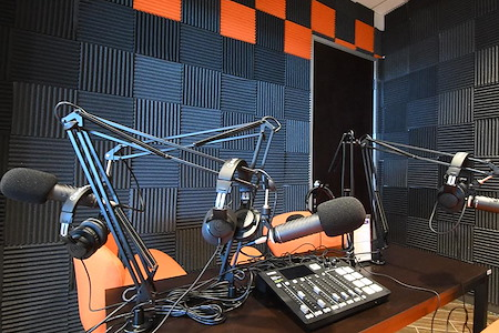 The Forum Coworking and Events - Podcast Room