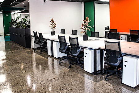 CoWork Me - Hot desk daily pass