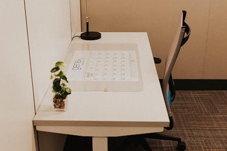 Office Evolution Tampa   Harbour Island - Dedicated Desk