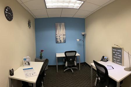 Regus | Santa Monica - Internal Co-Work Office 1022