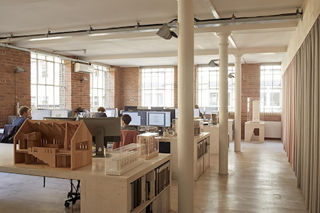 Craftworks - Desk spaces in bright architect practice