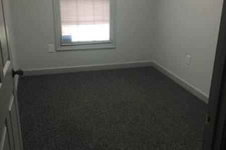 Grade A City Center - Suite 104