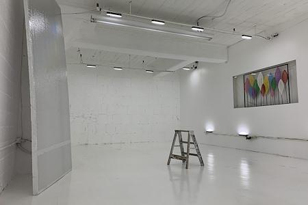 Studiob - RGB Music Video Exclusive Studio
