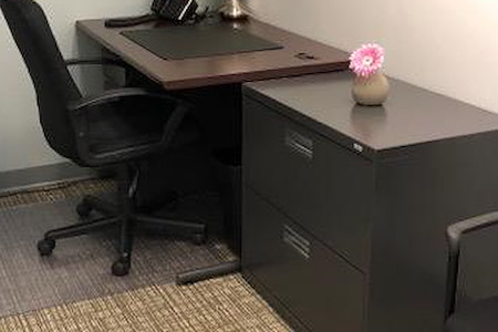 NYC Office Suites - 601 Lexington Ave - 1 person office