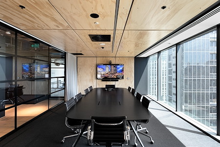 Space&Co. 2 Southbank - The Boardroom   19.02