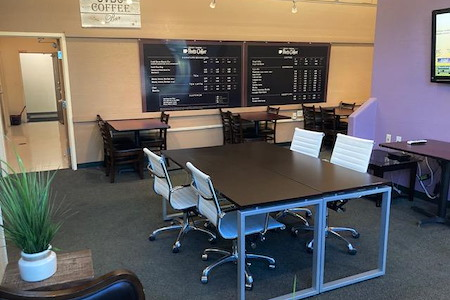 Silicon Valley Business Center - Plug and Play Cafe