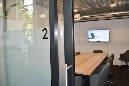 Meet at Ponce - Meeting Room for 8