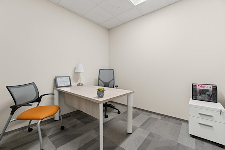 Office Evolution - Herndon - Private Interior Office
