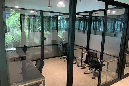 Cross Campus South Bay - Medium Office