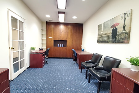 Lake Walnut Office - Executive Office