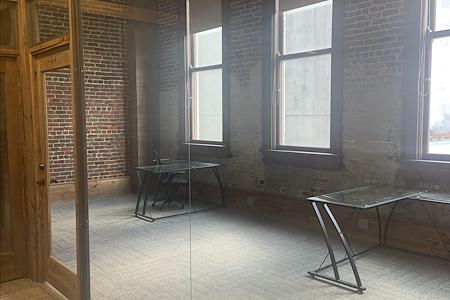 ExecuSuites - Meeting Room 1