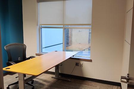 Des Peres West Office Park - Office Suite 1