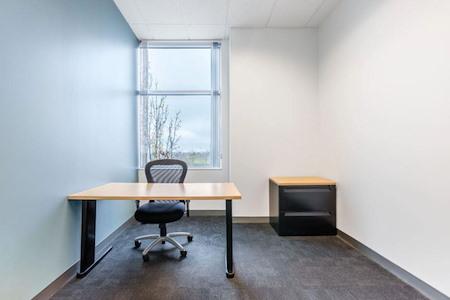 Regus - California, Roseville - Highland Pointe - Office 219