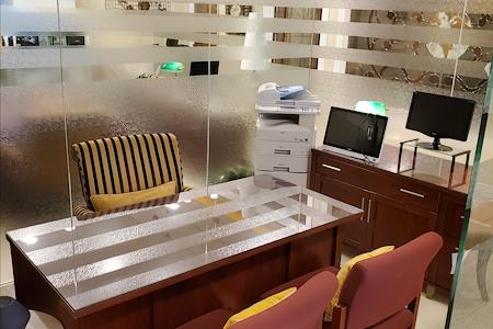 gSPACE | Ponce Office Suites - Open/Dedicated Desks