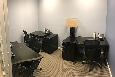 Jay Suites - Madison Avenue - 3 Person Interior Office