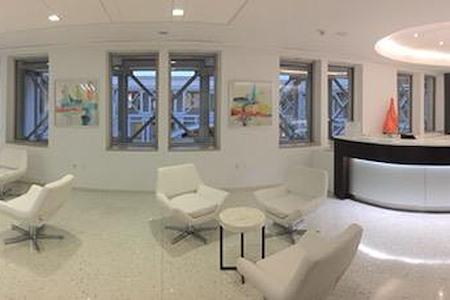 (WDC) The Homer Building - Atrium Office