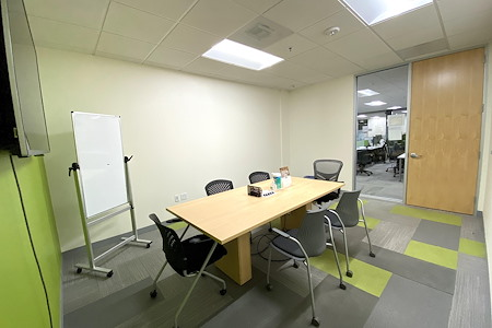 Z-Park Silicon Valley Innovation Center - Meeting Room for 4 ppl