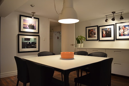 Studio Workshop - The Meeting Room